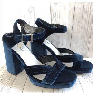 Seven Dials Poliana block Heels Blue Velvet Sz 9